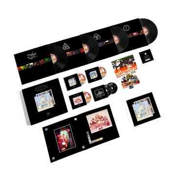Deluxe Box packshot-min.jpg